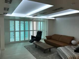 Modern Living Room by DFactory 디팩토리 Modern