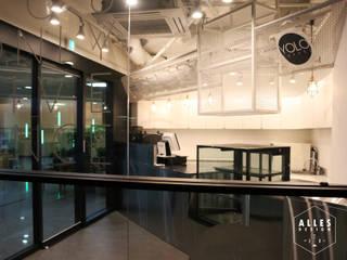 YOLO COFFEE: 디자인알레스의  상업 공간