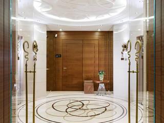 Стеклянные перегородки в квартире: Коридор и прихожая в . Автор – Геометрия Пространства