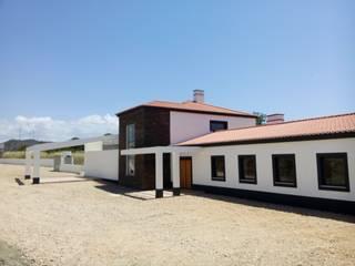 Turismo Rural, S. B. Messines: Casas campestres por VM - Arquitetura