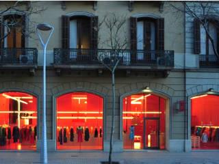 Agatha Ruiz De La Prada Centros comerciales de estilo moderno de Pigment Recover Moderno