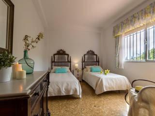 غرفة نوم تنفيذ Home & Haus | Home Staging & Fotografía,