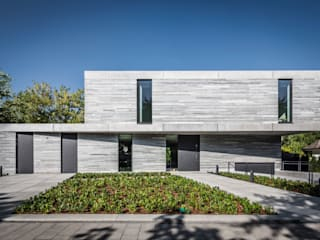 Residential House Cologne Hahnwald by Corneille Uedingslohmann Architekten Сучасний