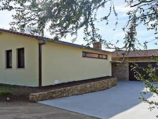 homify Moderne Häuser Stein
