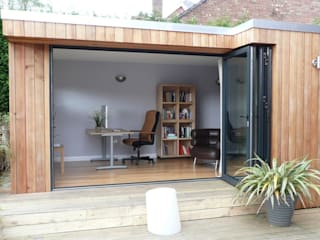 Garden Office: modern Study/office by Spaceout