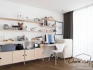 이스트팰리스 55평: CHARM_HOUSE의  거실