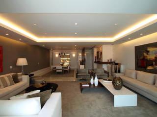 Apartamento Av Lucio Costa - Barra da Tijuca Salas de estar modernas por Arquinovação - Projetos e Obras Moderno