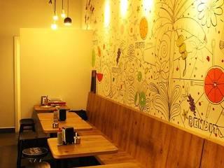 Bars & clubs rustiques par Daniela Tolotti Arquitetura e Design Rustique