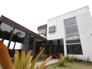 Arquitetura Comercial: Clínicas  por Daniela Tolotti Arquitetura e Design