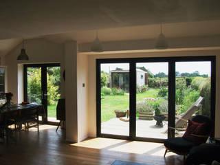 Wayte Cottages - Chichester dwell design ห้องทานข้าว