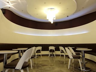 카페 에스틸로:  충남 아산시: (주)지상에스엘의  상업 공간