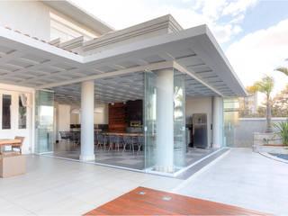 MMMundim Arquitetura e Interiores ห้องครัว