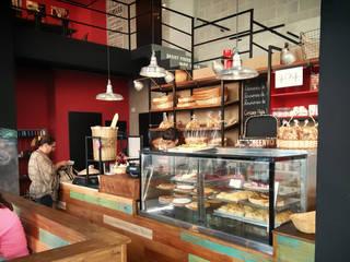 Old Brooklyn Deli&Cafe Bares y clubs de estilo industrial de Bōken Studio Industrial