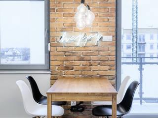 Comedores de estilo  por Partner Design