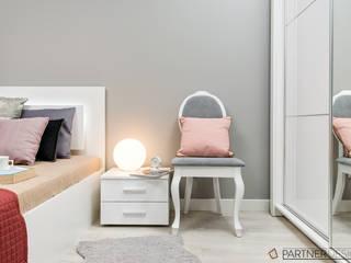 Mieszkanie #2 Nowoczesna sypialnia od Q2Design Nowoczesny