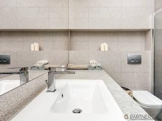 Q2Design Baños de estilo moderno