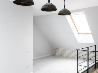 Soft Loft Nowoczesny korytarz, przedpokój i schody od Q2Design Nowoczesny