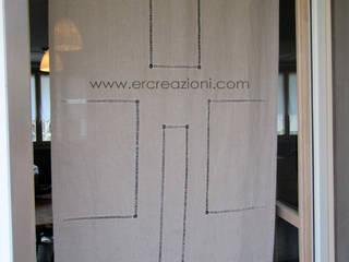 Tende in lino ecru per dare atmosfera ad un Ristorante di ERcreazioni - Eleonora Rossetti Creazioni Rustico