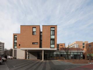 에델 마을 ethelvillage: (주)보이드아키텍트 건축사사무소의  주택