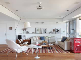 Apartamento Barra I:   por Laura Boechat Arquitetura