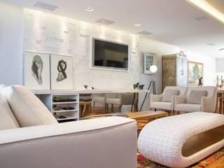 Moderne woonkamers van MAGEN | Revestimentos Cimentícios Modern