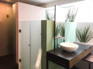 Badezimmer von Sentido Arquitectura, Modern