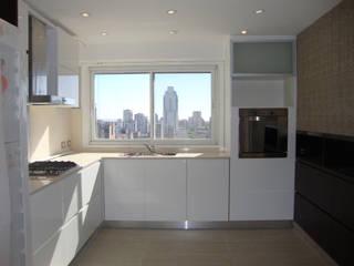 ARQUITECTA MORIELLO Modern Kitchen