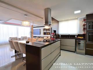 Kitchen by Fabiana Mazzotti Arquitetura e Interiores