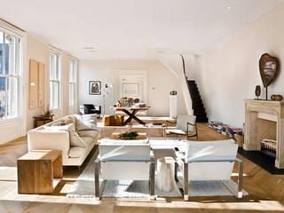 Apartment Milano 2014: Soggiorno in stile  di Aeon Studio Firenze (architecture and design)