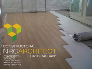Suministro e Instalación de Pisos Flotantes de Constructora NRC ARCHITECT C.A. Moderno