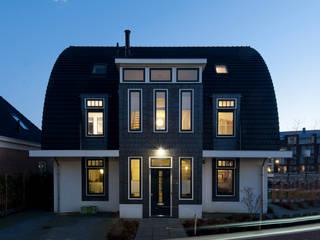 Villa Maarssen Klassieke huizen van ARK+ Klassiek