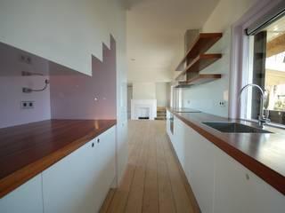 Villa Loosdrecht Moderne keukens van ARK+ Modern