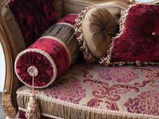 MOULIN ROUGE Royal : classic  by REGAL SOFAS AND INTERIORS, Classic