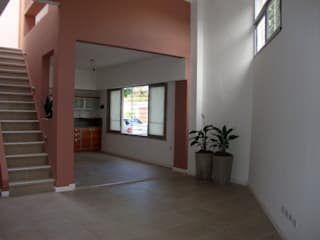 ARQUITECTA MORIELLO Modern Living Room