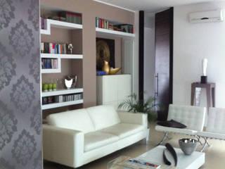 S&N HOME: Soggiorno in stile  di NoiArchitetti_Napoli