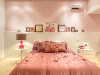 Eclectic style bedroom by JANAINA NAVES - Design & Arquitetura Eclectic