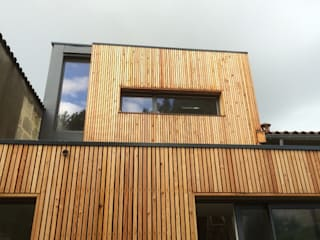 Rumah oleh Plus Architectes
