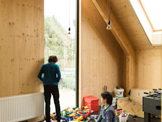 Dear Farm:  Kinderkamer door VIVA Architecture