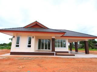 บ้านลูกค้า-คุณอัจจิมา:   by บจก.ทีเอ็มดับเบิ้ลยู แปลนดีไซน์ การก่อสร้าง (TMW.)
