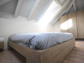 CASA CAVALESE Camera da letto moderna di studio di architettura DISEGNO Moderno