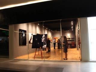 A. SANCHEZ GALLERY JULIA CANO Centros de exposiciones de estilo minimalista
