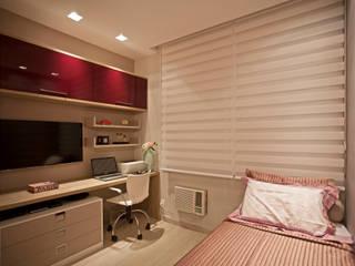 Deise Maturana arquitetura + interiores Modern style bedroom Beige