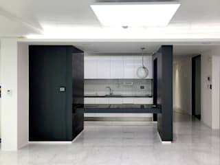 Salas de estilo moderno de 오락디자인 Moderno