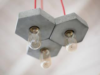 Креативный подвесной светильник из бетона Honey Bulls:  в . Автор – Креативные светильники из бетона и дерева - Bullsdesign