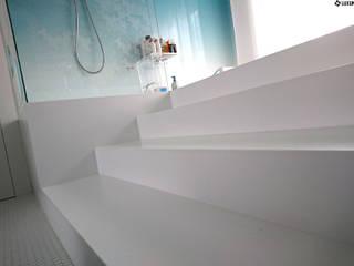 Modern bathroom area by Luxum Modern
