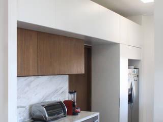 Remodelación Apartamento Echeverry Cocinas de estilo minimalista de Contrafuerte Minimalista