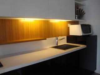 ARQUITECTA MORIELLO Kitchen