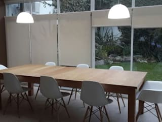 ARQUITECTA MORIELLO Modern Dining Room