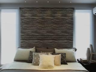 Schlafzimmer von Karinna Buchalla Interiores, Modern Holz Holznachbildung