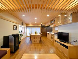 高木邸修景計画: 片倉隆幸建築研究室が手掛けたです。